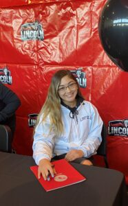 Kaitlyn Caras Commits to Linfield College!